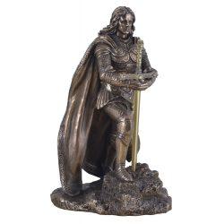 Arthur király szobor