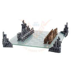 Középkori sakk készlet üvegtáblával