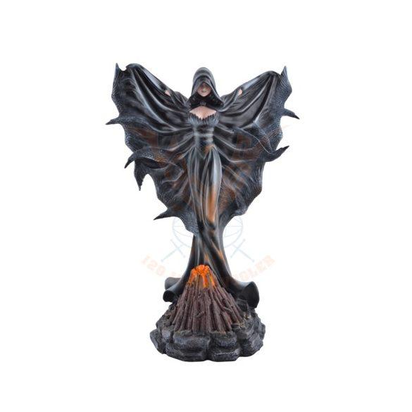 Holló boszorkány
