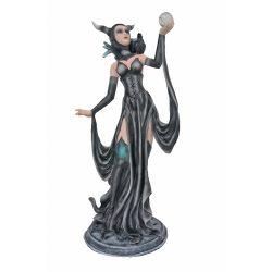 Malefica fekete boszorkány szobor