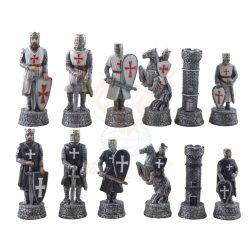 Kereszteslovagok sakkfigura készlet