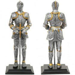 Páncélos lovag szobor