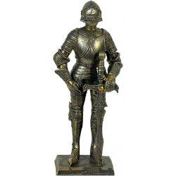Középkori lovag figura karddal