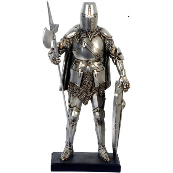 Középkori lovag figura alabárddal és pajzzsal