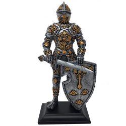 Lovag karddal és pajzzsal