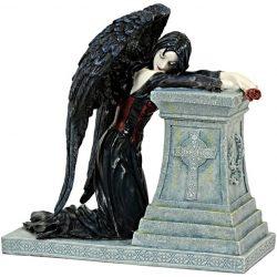 Gothic Angyal Szobor
