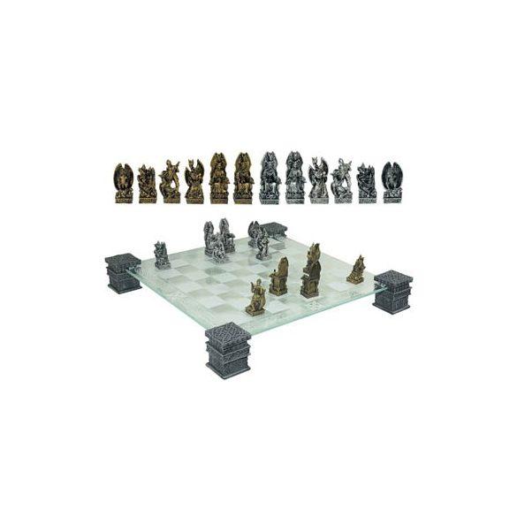 Lovag és sárkány sakk készlet táblával