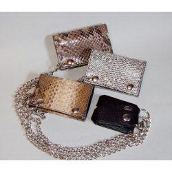 Kígyóbőr borítású pénztárcák